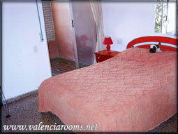 Valenciarooms.net private rooms for day, week, month from only 10€