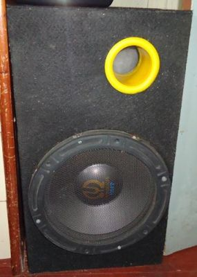 CAIXAS ACUSTICAS - 2 SUB-WOOFFERS 200 WATTS RMS