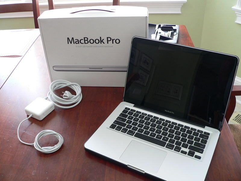 15' Retina Apple MacBook Pro/2.3 GHz Core i7/256 GB SSD - 8GB